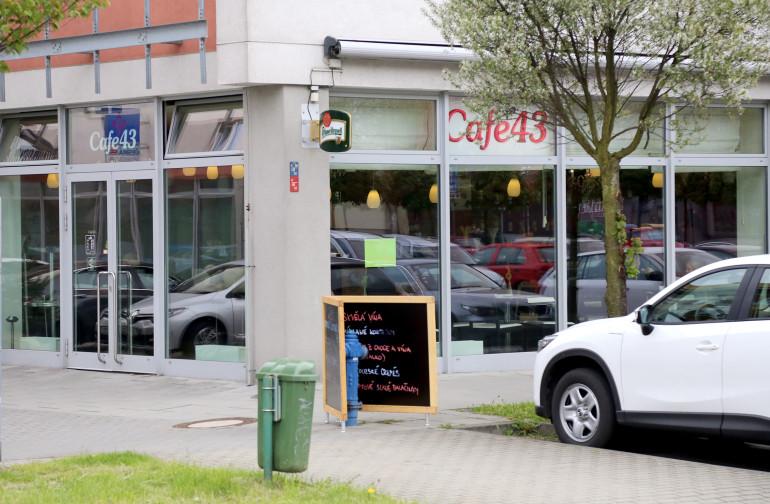 cafe43_01
